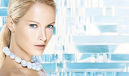 Чистая кожа! 1 или 3 сеанса гликолевого или фито-пилинга лица в Центре косметологии со скидкой до 70%!